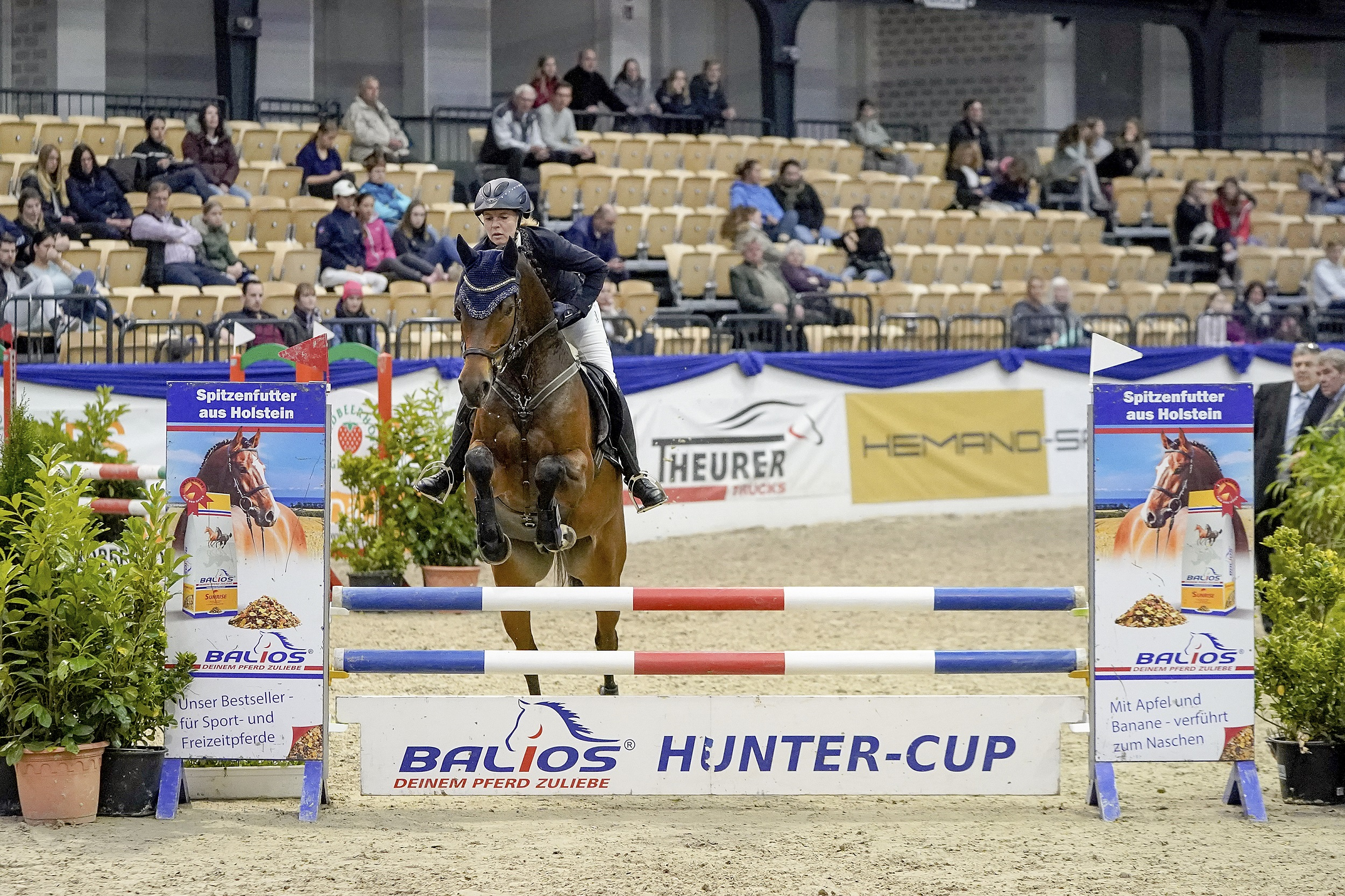 aside image Balios Hunter Cup Grandchampion 2019 - Mia Scholz und Charlie Pitts